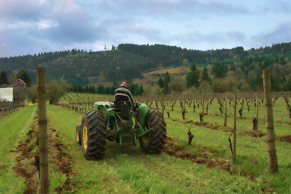 maresh-jim-sr-tractor-back-1000p